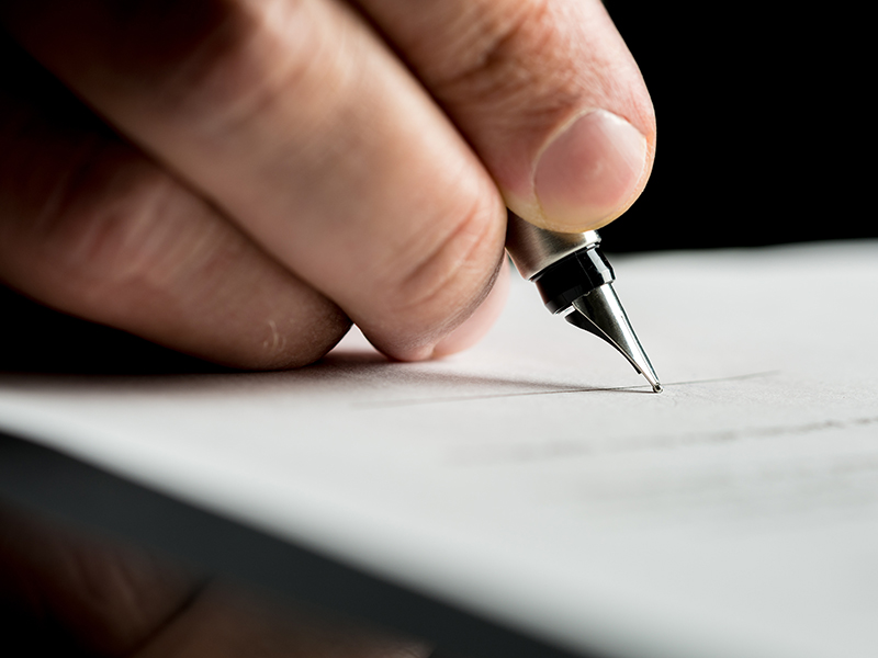 IIROC gives green light to e-signatures