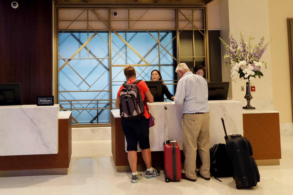 Thriving Hotel Industry Scrambles for Workers