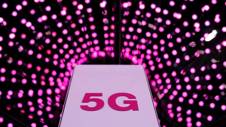 Telus plans rollout of 5G network using Huawei technology