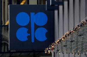 Canada in talks with OPEC, as oil rout continues