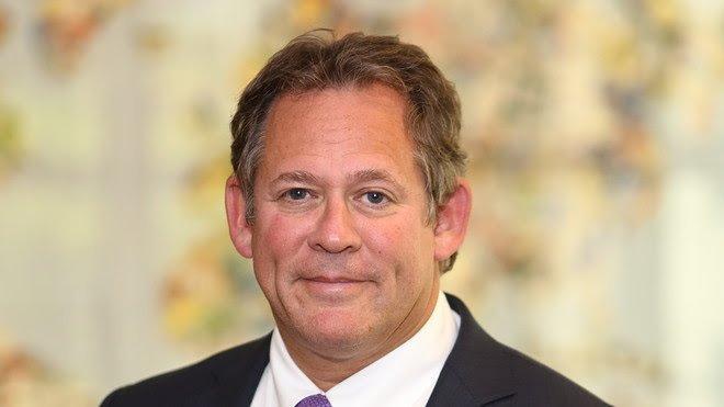 Here's why BlackRock's bond chief says he's bullish on highflying tech stocks