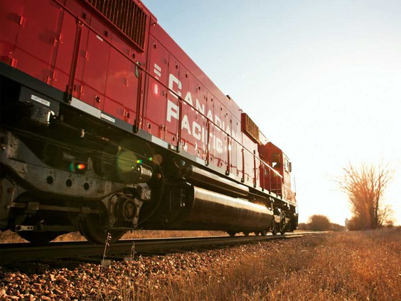Canadian oil producers see new route to Gulf Coast refineries coming from CP Rail deal